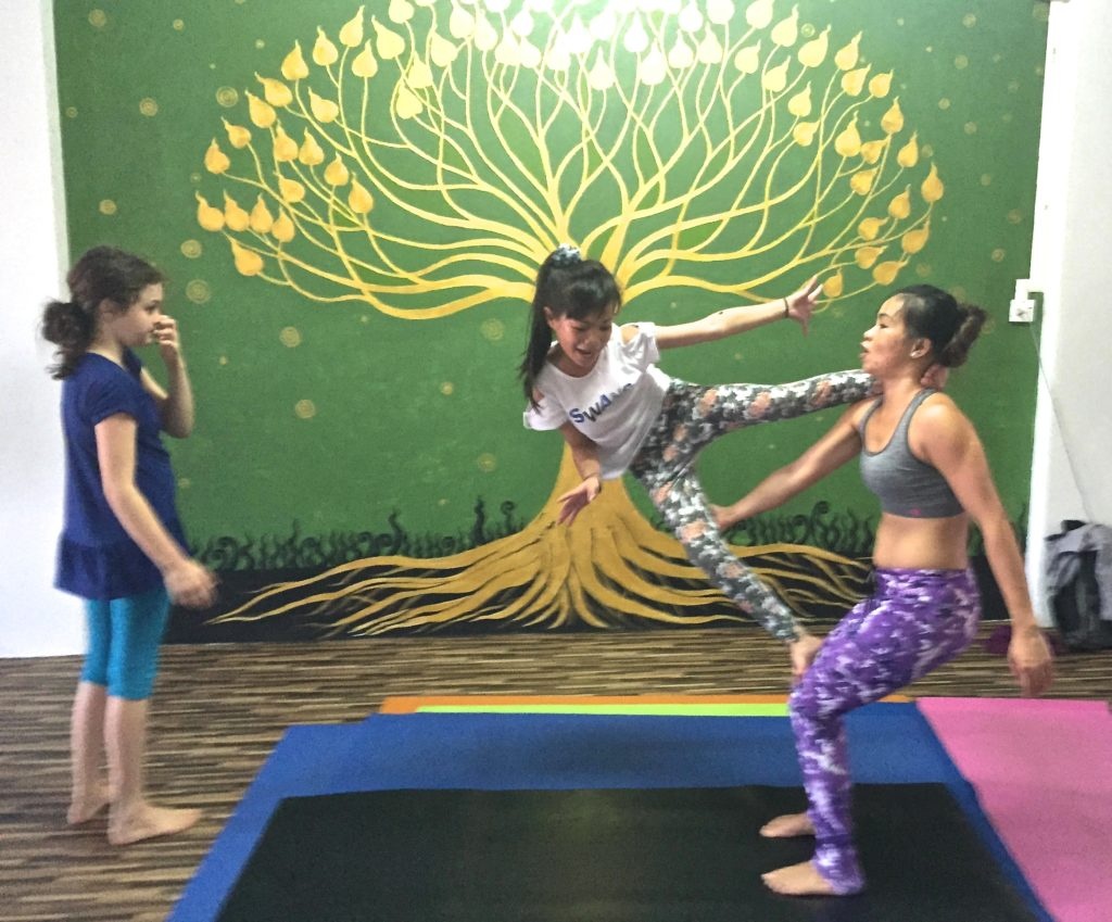 childrens yoga chiang mai,childrens yoga chiangmai, kids yoga chiang mai
